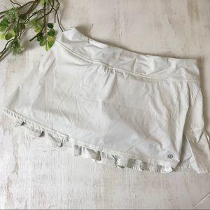 Lululemon White Pleated Pace Setter Skirt Size 8